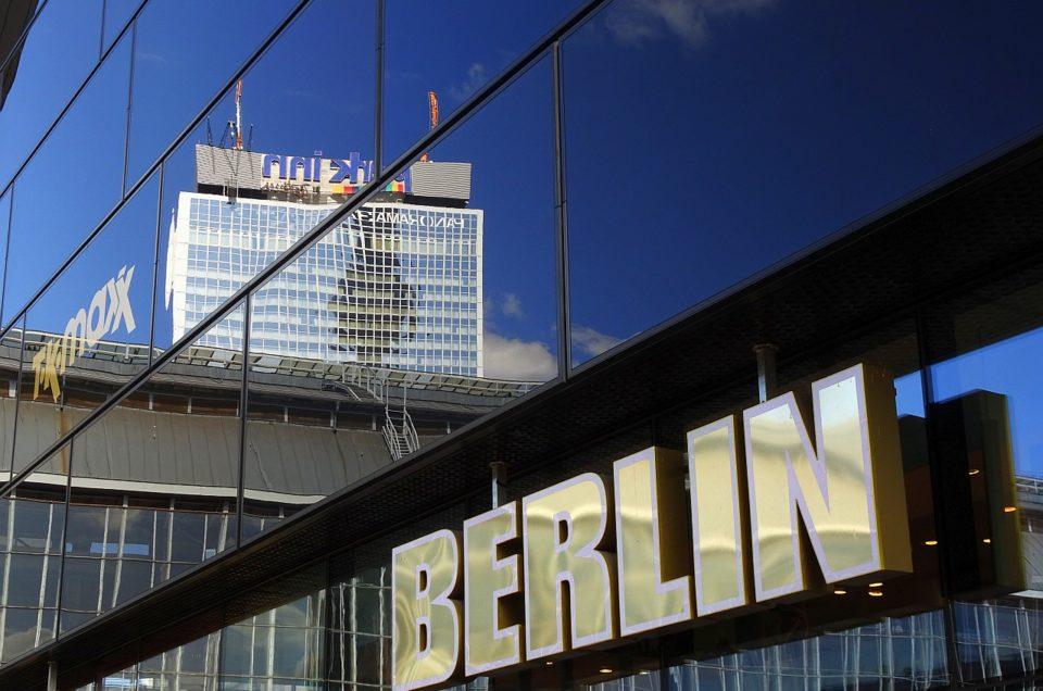 Stippvisite: Templin, Berlin mit Kajütenkonzert